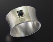 Ring aus gehämmertem Silber