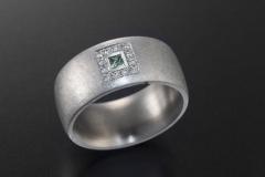Ring-04