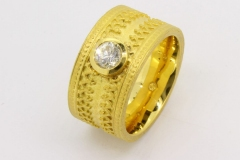Ring-750ooo-Gelbgold-mit-055ct-tw-P1-Brillant-scaled