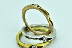 Ringe-in-750ooo-Weißgold-gelbgold-Rotgold-mit-je-008ct-tw-si-Brillant-scaled